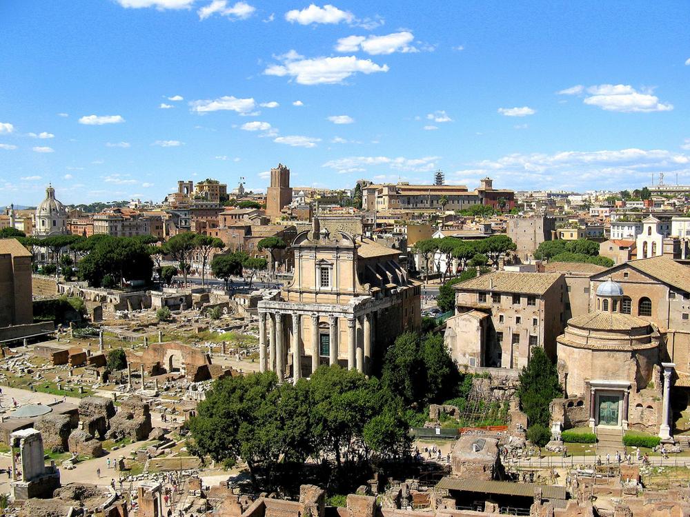 סיור מודרך בעברית בפורום הרומי